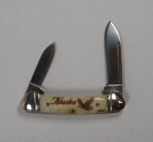 2.75 Inch Bone Handle Pocket Knife with Scrimshaw Artwork